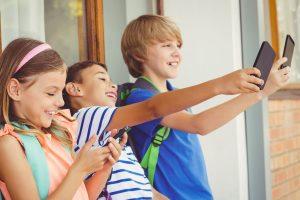 Cómo y por qué rastrear el celular de tus hijos 1